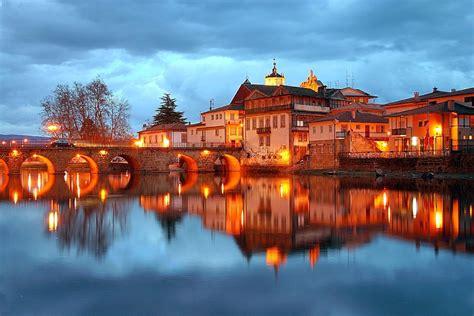 Conhece as 10 cidades mais bonitas de Portugal? E as 10 ...
