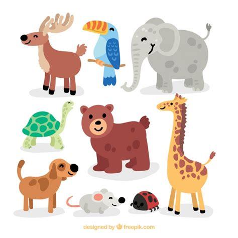 Conjunto colorido de animales salvajes felices | Descargar ...