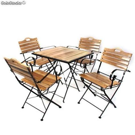 Conjunto de sillas y mesas de jardin o terraza