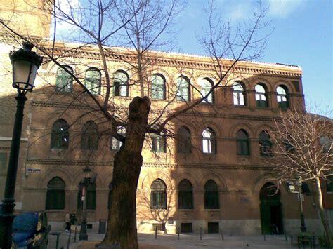 Conocer Madrid: Puerta de Toledo e iglesia de La Paloma