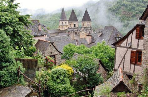 Conques en Aveyron al sur de Francia | viajes | Sur ...