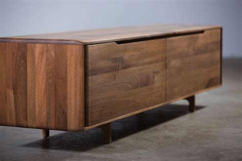 Contemporary Solid Wood Bedroom Furniture | Raya Furniture