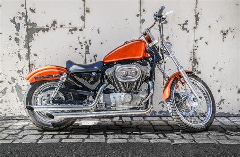 Contrato para la compra y venta de una moto  1ª parte ...