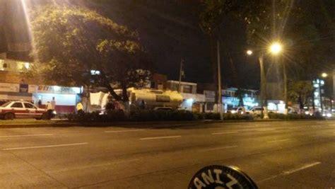 Controlan incendio de autotanque Pemex en Veracruz ...