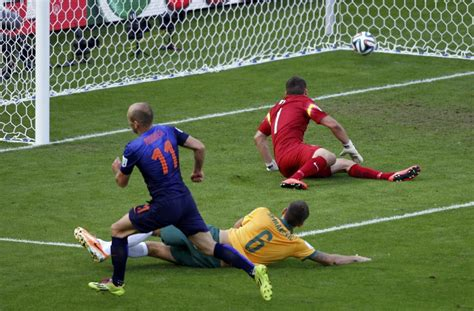 Copa del Mundo 2014: Holanda, a un milímitro de octavos ...