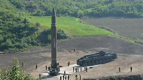 Corea del Norte lanza misil balístico intercontinental ...