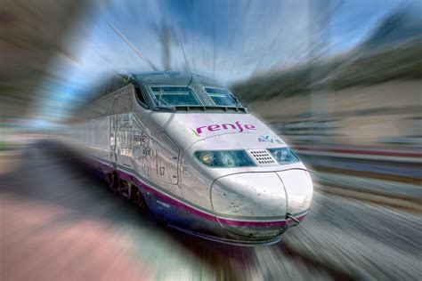 Could High Speed Rail Be an Alternative to Air? | streets.mn