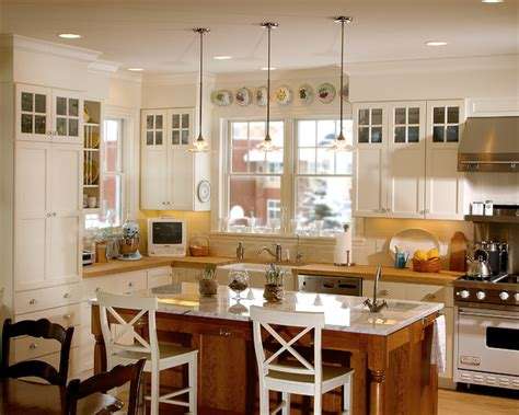 Country Kitchen   Classic Farmhouse   Traditional ...