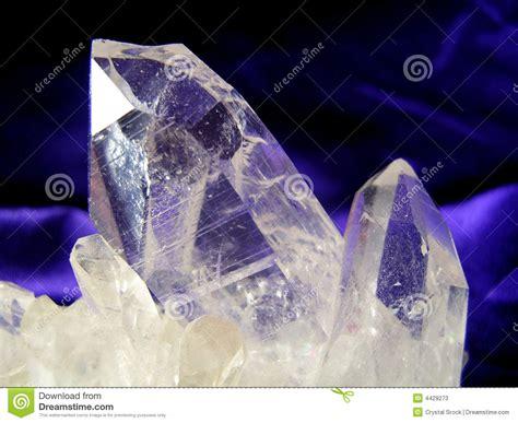 Cristal De Quartzo Fotos de Stock   Imagem: 4429273