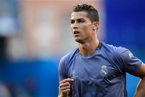 Cristiano Ronaldo: Ist er Vater von Zwillingen geworden ...