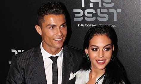 Cristiano Ronaldo & pregnant girlfriend Georgina Rodriguez ...