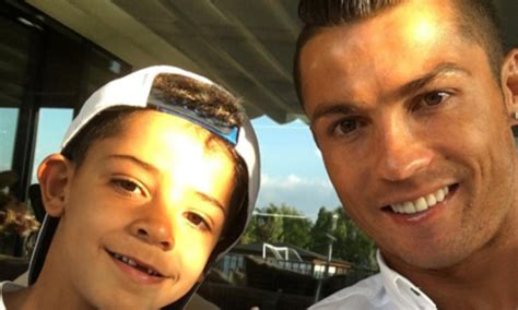Cristiano Ronaldo shares Instagram photo of son and 'new ...