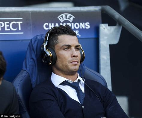 Cristiano Ronaldo watches video of himself on Real Madrid ...
