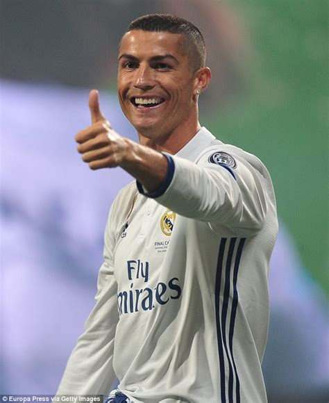 Cristiano Ronaldo 'welcomes the birth of twins' | Daily ...
