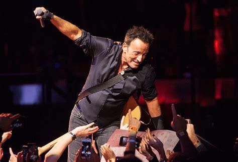 Crónica de Xalapa – Bruce Springsteen suspende concierto ...