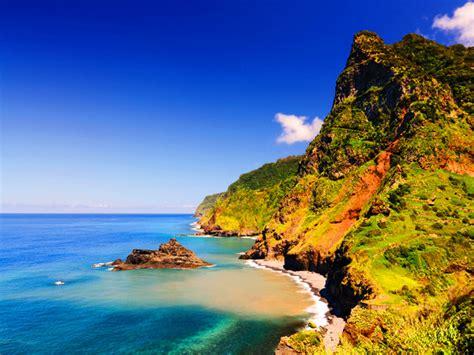 Cruceros Madeira: viñedos y acantilados volcánicos   13 ...