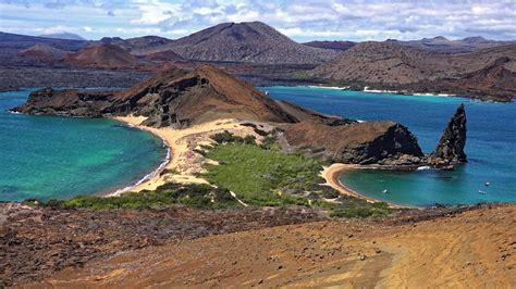 Cruising Galápagos in 4K (Ultra HD) - YouTube