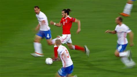 ¿Cuáles son los 10 jugadores de fútbol más veloces del ...