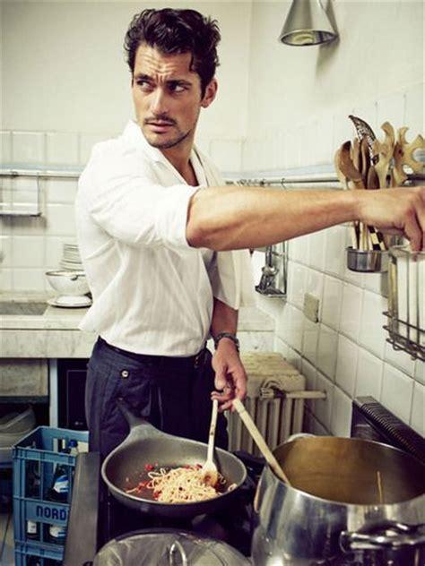 Cualidades que todo hombre debe tener en la cocina para ...