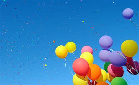 ¿Cuán alto puede volar un globo de helio? ¿Puede llegar a ...