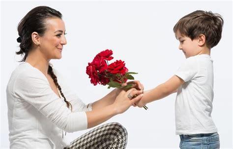 ¿Cuándo se celebra el Día de la Madre en Colombia?