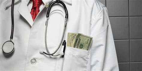 ¿Cuánto ganan los médicos? ¿Cuál es la especialidad mejor ...