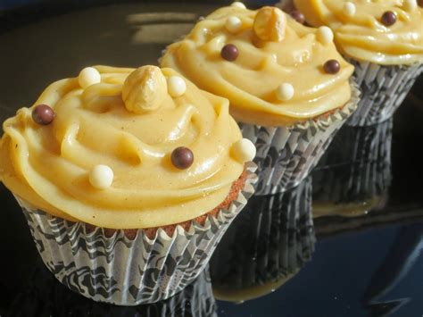Cupcakes Kinder Bueno Ana Sevilla cocina tradicional ...