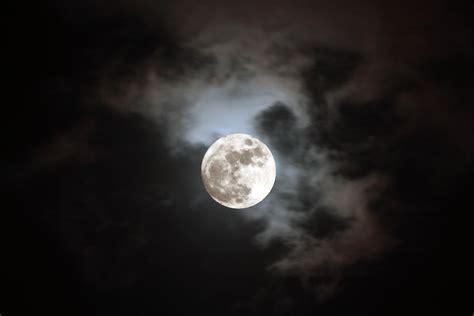Curiosidades de la Luna que no sabias! - Taringa!