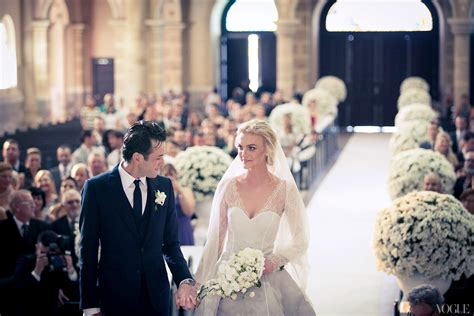 Daily Cup of Couture: Caroline Trentini Wedding