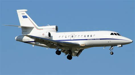 Dassault Aviation Falcon 900 - avionslegendaires.net