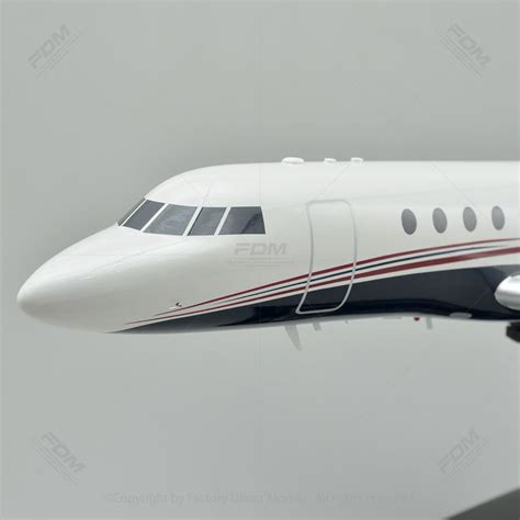 Dassault Falcon 50 Model Airplane