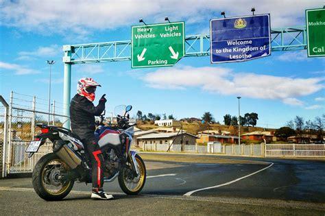 De viaje en moto: Documentación y equipamiento obligatorio ...