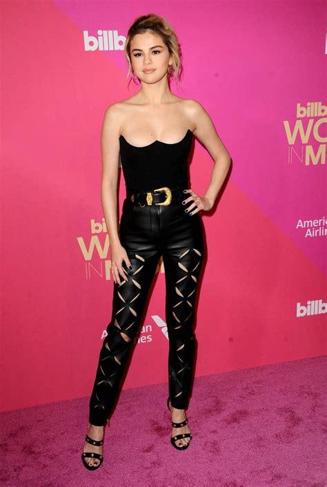 Debatimos sobre el último look de Selena Gómez - Zeleb.mx