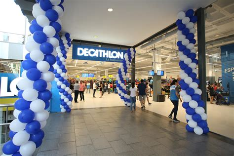 Decathlon abrió una nueva tienda en el centro comercial La ...