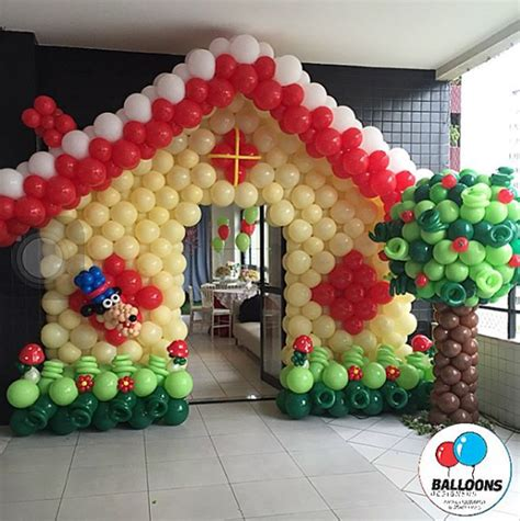 Decora la entrada con globos para tu fiesta infantil
