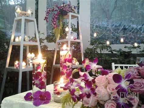 decoración de una boda de noche en jardín