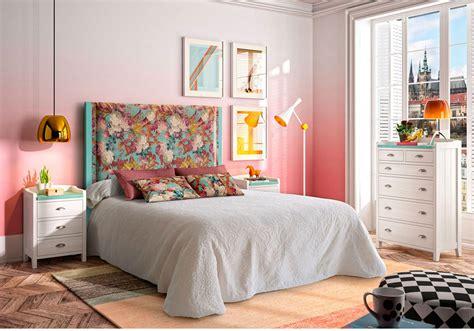 Decoración dormitorios clásicos matrimonio en Muebles Sarria