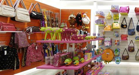 Decoracion en tienda de regalos | tienda de regalos ...