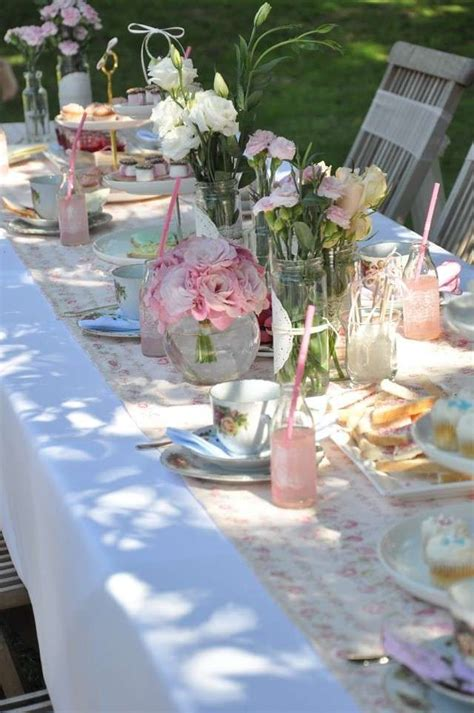 Decoración mesa al aire libre - Mesa decorada para fiesta ...