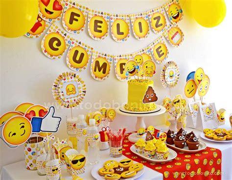 Decoraciones de fiesta de Emojis