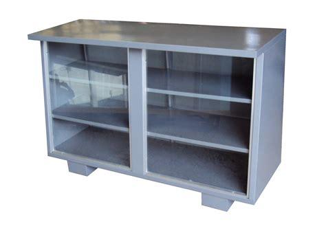 Decorar cuartos con manualidades: Muebles metalicos