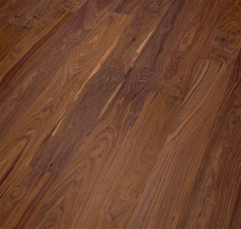Decorar cuartos con manualidades: Parquet de madera maciza ...