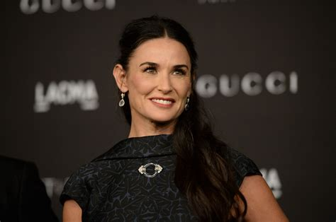 Demi Moore shares picture of her missing front teeth lost ...