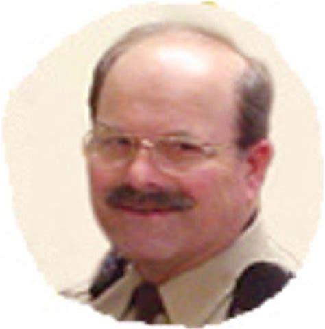 Dennis Rader - BTK Killer - a Biography: 1990-2003