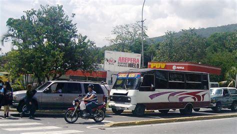 Denuncian que transportistas aplican estado de sitio en ...