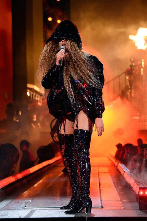 Desde Beyoncé a Jared Leto: Los mejores trajes de los ...