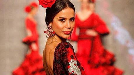 Desfile de trajes de flamenca 2014