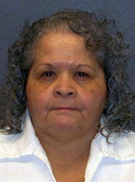 Desmienten la muerte de Yolanda Saldívar, la asesina de ...