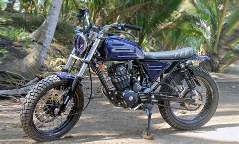 Détournement de pneus moto pour des préparations   Chewing ...