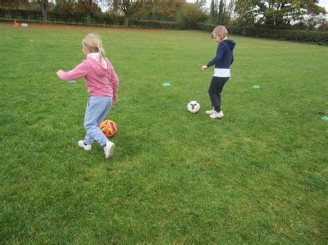 Developing Our Football Skills in Key Stage 1 | Elvington ...